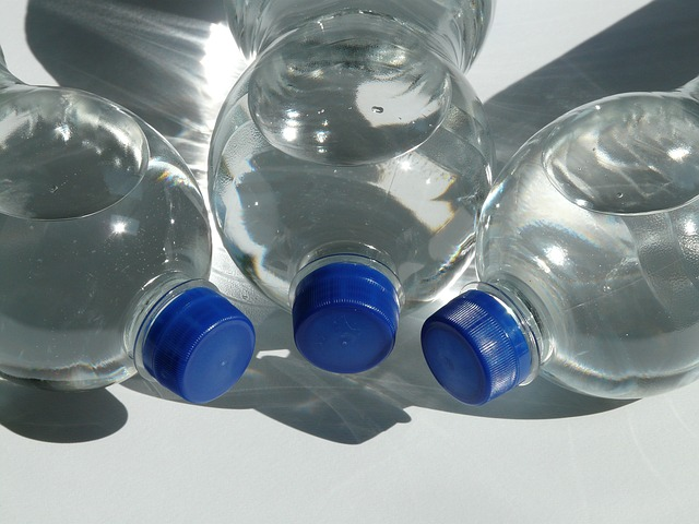 bottles-60475_640